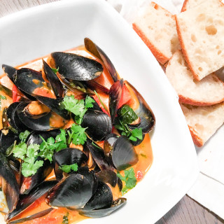 Thai Red Curry Mussels