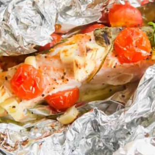 Tomato Garlic and Basil Baked Salmon