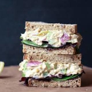 Tuna Avocado Sandwich
