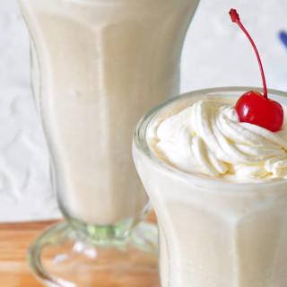White Russian Alcoholic Milkshake