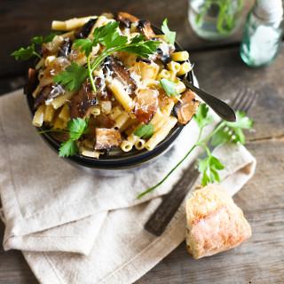 Ziti with Portobello Mushrooms, Caramelized Onions, and Goat Cheese