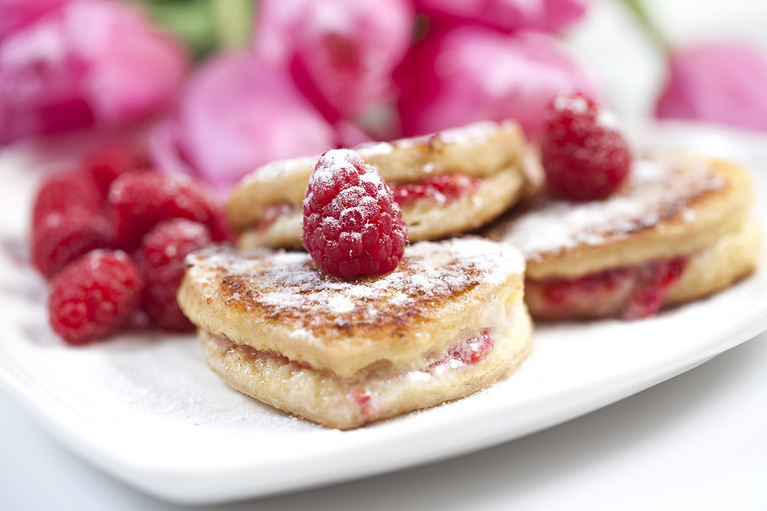 ... mascarpone cheese and raspberry is a perfect breakfast in bed for a
