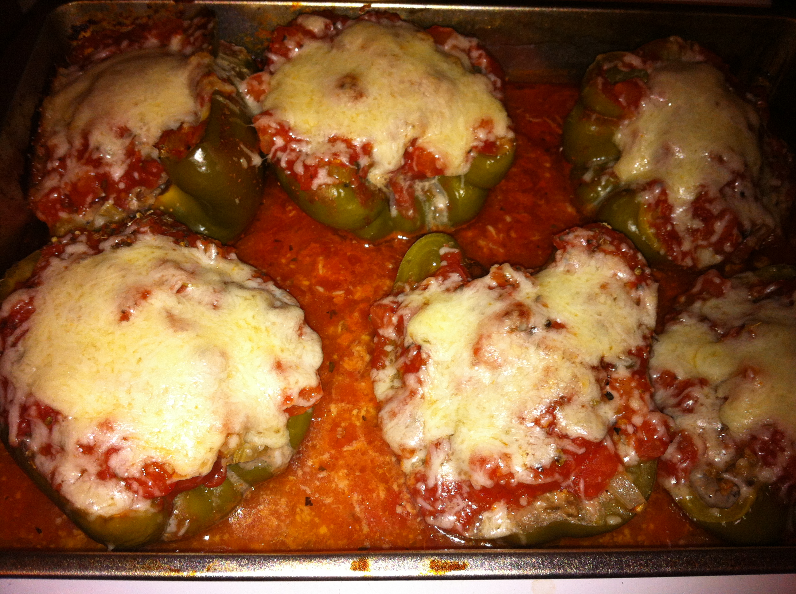 Low carb ground beef stuffed peppers with mushrooms bigoven - Recette low carb ...