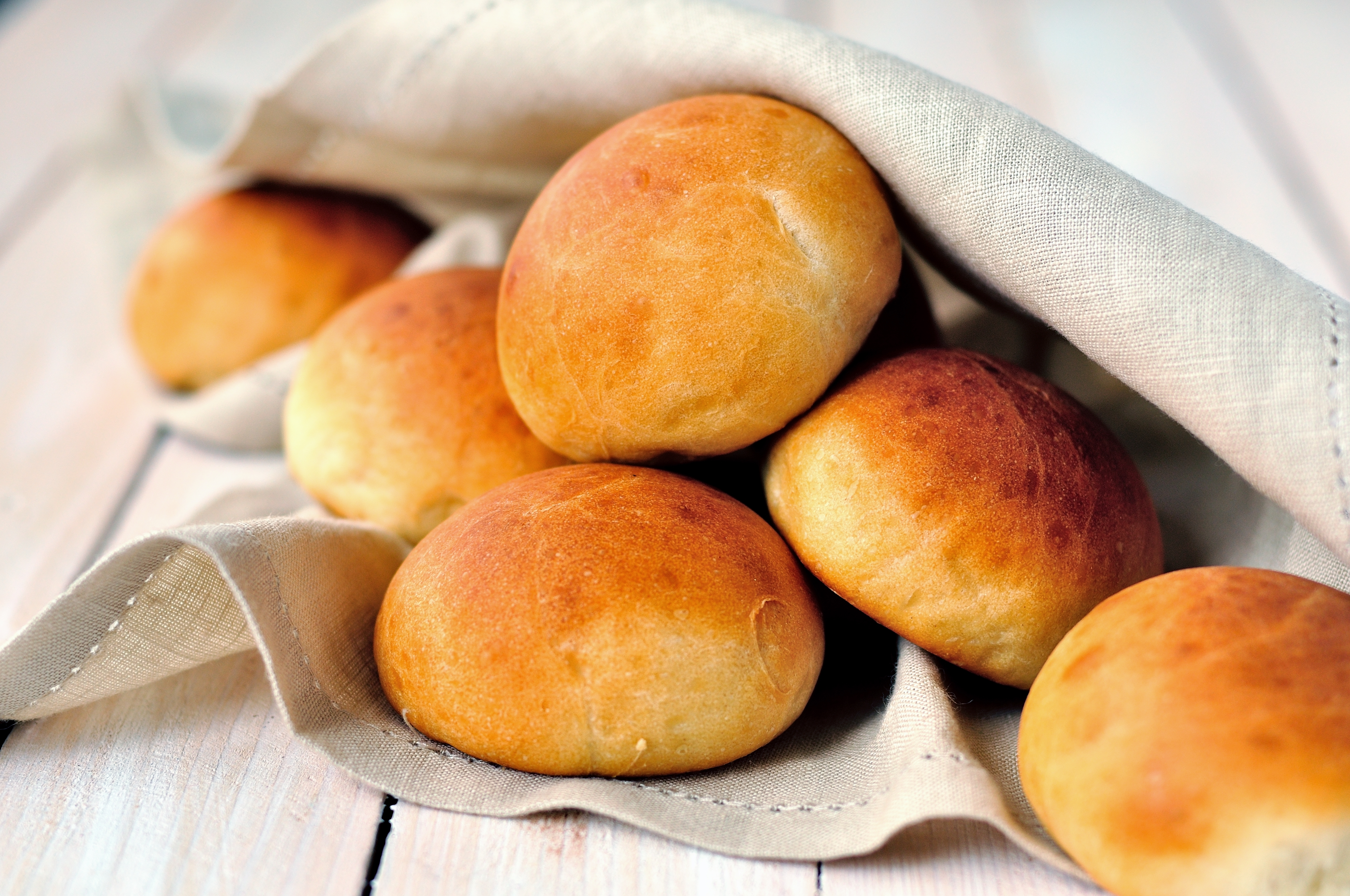 Perfectly Easy Dinner Rolls