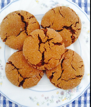 SOFT GINGER MOLASSES COOKIES - BigOven