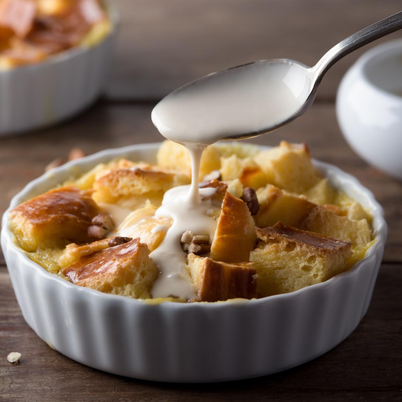 bread-pudding-with-vanilla-sau-bd83d5.jp