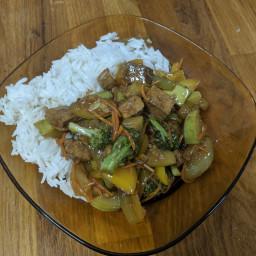 מוקפץ ירקות עם אורז