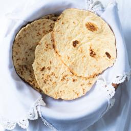 15-Minute (& Suuuper Pliable) Keto Tortillas
