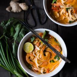 15 MINUTE THAI COCONUT NOODLE SOUP (KHAO SOI)