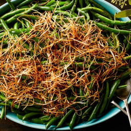 3-Ingredient Lemony Green Beans With Frizzled Leeks