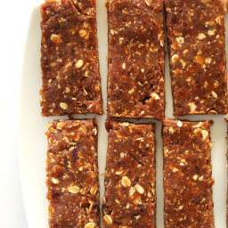 3 Ingredient Peanut Butter Granola Bars