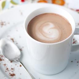 42-Calorie Almond Milk Hot Chocolate