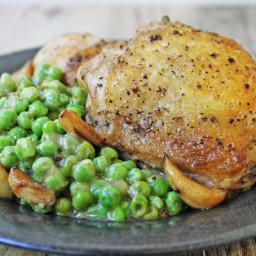 5 Ingredient Crispy Chicken, Garlic and Peas in Wine Sauce