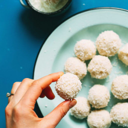 5-Ingredient White Chocolate Truffles