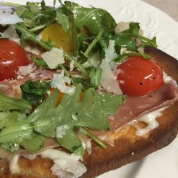 5-minute-flatbread-pizza-with-prosciutto-arugula-and-mozzarella-de5f818606c8f782b4d66408.jpg
