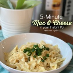 5-Minute Mac + Cheese in Your Instant Pot!