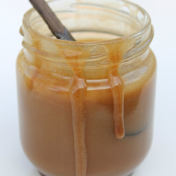 5 Minute Paleo Caramel Sauce