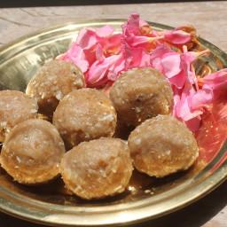 Aadi Kozhukattai Recipe