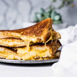 Air Fryer Grilled Cheese Recipe: Simply Enjoy a Cheesy Buttery Meal