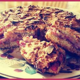 almond-berry-traybake-3.jpg
