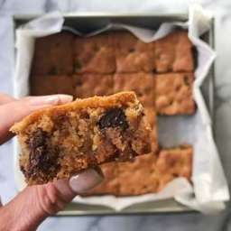Almond Butter Almond Flour Blondies