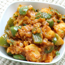 Aloo Capsicum Curry Recipe