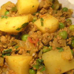 Aloo Keema (Potato and Mince Curry)