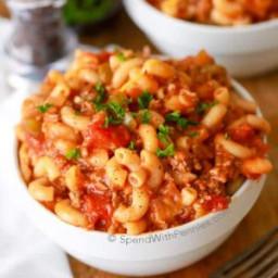 American Goulash Recipe (Tomato, Beef and Macaroni)