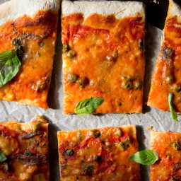 Anchovy pizza with Capers (Pizza Napoli)
