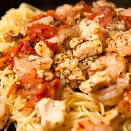 angel-hair-pasta-with-seafood-sauce-5.jpg