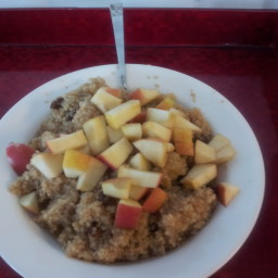 Apple and Cinnamon Quinoa