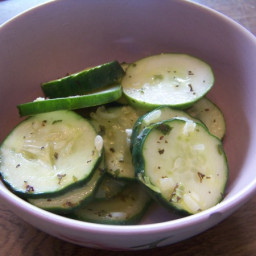 Apple Cider Vinegar Cucumber Salad