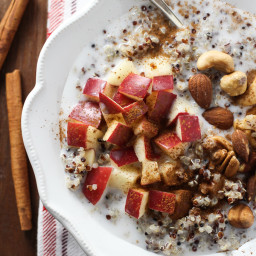 apple-cinnamon-quinoa-breakfas-641c06.jpg