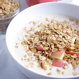 Apple Crumble Smoothie Bowl