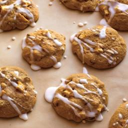 Apple-Raisin Cookies