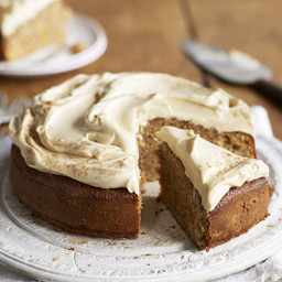 Apricot, cinnamon and olive oil cake