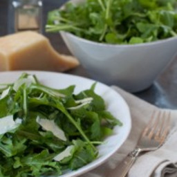 arugula salad with simple lemon vinaigrette