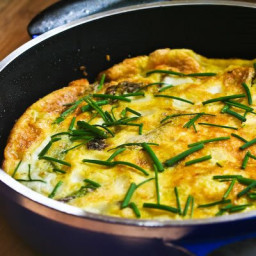 Asparagus and Fresh Mozzarella Frittata with Parmesan and Chives