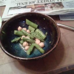 Asparagus & Chickpea salad