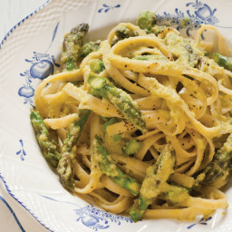 Asparagus Fettuccine with Lemon and Pepper