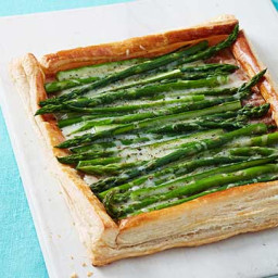 Asparagus-White Cheddar Tart