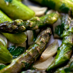 Asparagus With Green Garlic