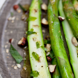 Asparagus with Hazelnuts and Tarragon Vinaigrette