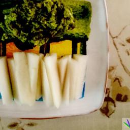 Avocado blue cheese dip with Daikon