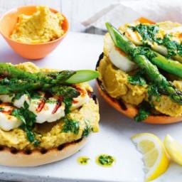 Avocado hummus and asparagus bagels