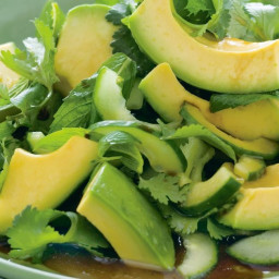Avocado salad with Asian dressing