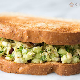 avocado-tuna-salad-1190093.jpg