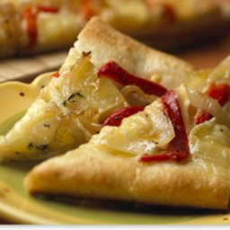 Baby Brie Caramelized Pepper & Onion Gourmet Pizza