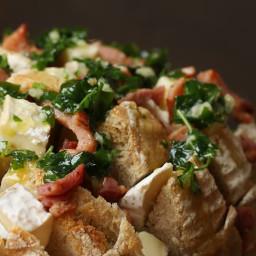 Bacon And Camembert Pull-Apart Garlic Bread