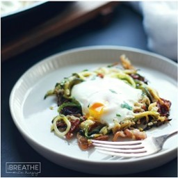 Bacon and Zucchini Eggs in a Nest - Low Carb